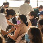 Vacunación para mayores de 18 años inicia en agosto, Querétaro.